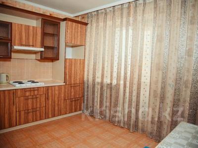 1-комнатная квартира, 45 м², 6/10 этаж посуточно, Момышулы 16 за 8 000 〒 в Нур-Султане (Астана) — фото 11