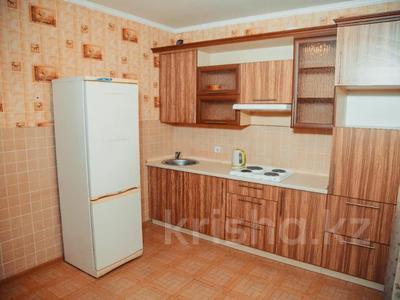 1-комнатная квартира, 45 м², 6/10 этаж посуточно, Момышулы 16 за 8 000 〒 в Нур-Султане (Астана) — фото 12