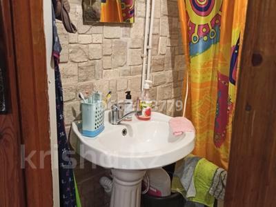 2-комнатная квартира, 54 м², 9/10 этаж помесячно, Салтыкова-Щедрина 30/2 за 75 000 〒 в Павлодаре — фото 7