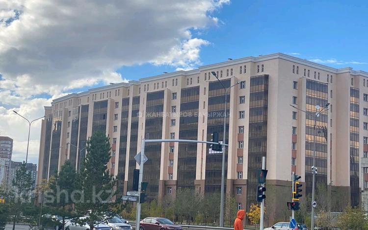 1-комнатная квартира, 45 м², 4/10 этаж, Р.Кошкарбаева 15 за 14 млн 〒 в Нур-Султане (Астана), Алматы р-н