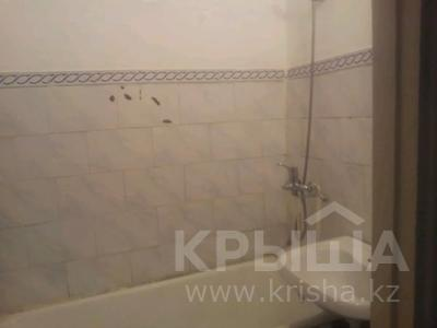 2-комнатная квартира, 47 м², 4 этаж, 8 мик 52 — Теплая за 7.5 млн 〒 в Таразе