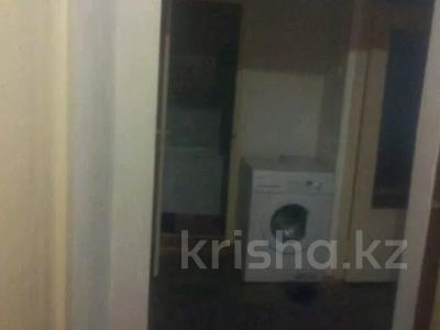 2-комнатная квартира, 47 м², 4 этаж, 8 мик 52 — Теплая за 7.5 млн 〒 в Таразе — фото 8
