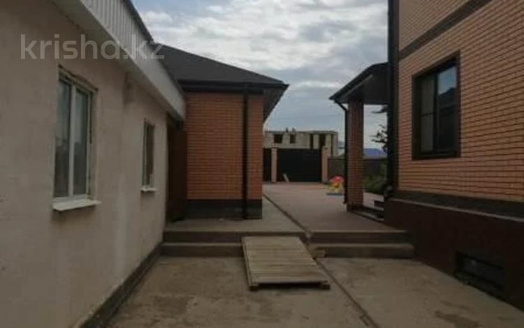 5-комнатный дом, 309.1 м², 0.1034 сот., Юго-Запад 294 за ~ 52 млн 〒 в Актобе
