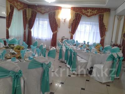 Здание, Камзина 358 — Онежская площадью 950 м² за 1.2 млн 〒 в Павлодаре