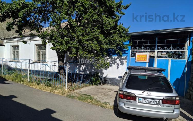 8-комнатный дом, 190 м², 9.3 сот., ул. Красная Звезда 21 за 16 млн 〒 в Шымкенте, Абайский р-н