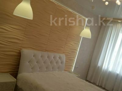 2-комнатная квартира, 58 м², 7/10 этаж посуточно, Шакарима 54 за 15 000 〒 в Семее