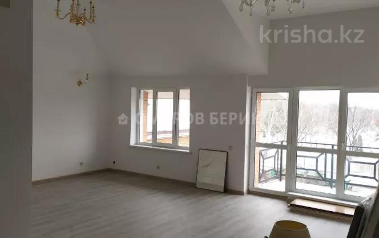 5-комнатная квартира, 215 м², 4/4 этаж помесячно, мкр Калкаман-3 297 — Байкена Ашимова за 300 000 〒 в Алматы, Наурызбайский р-н