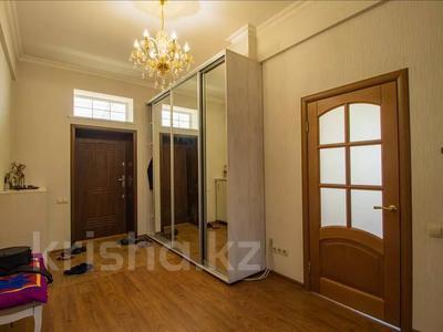 6-комнатный дом, 400 м², 8 сот., мкр Калкаман-3 — Абая за 115 млн 〒 в Алматы, Наурызбайский р-н — фото 11