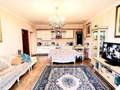 3-комнатная квартира, 114 м², 9/12 этаж, мкр Самал-2 за 60 млн 〒 в Алматы, Медеуский р-н — фото 3