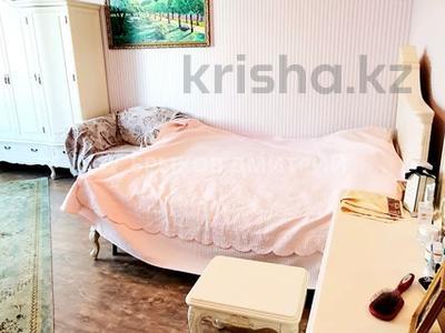 3-комнатная квартира, 114 м², 9/12 этаж, мкр Самал-2 за 60 млн 〒 в Алматы, Медеуский р-н — фото 6