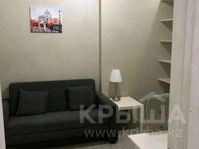 3-комнатная квартира, 120 м², 5/9 этаж на длительный срок, Иманбаевой 5 за 300 000 〒 в Нур-Султане (Астане)