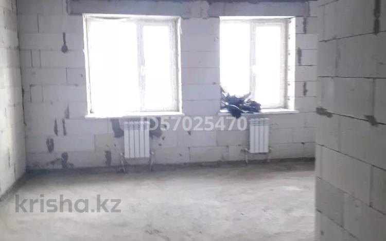 1-комнатная квартира, 27 м², 1/3 этаж, Укили Ыбырай — Актамберди жырау за 5.6 млн 〒 в Нур-Султане (Астана), Есиль р-н