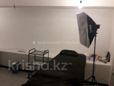 Магазин площадью 317 м², мкр Таугуль, Саина 12\13 — Жандосова за 47 млн 〒 в Алматы, Ауэзовский р-н — фото 7