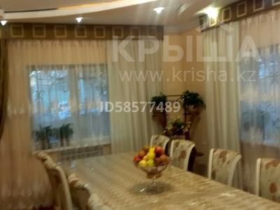 6-комнатный дом помесячно, 160 м², 5 сот., Жолдасбекова 52а — Желтоксан за 300 000 〒 в Шымкенте, Енбекшинский р-н