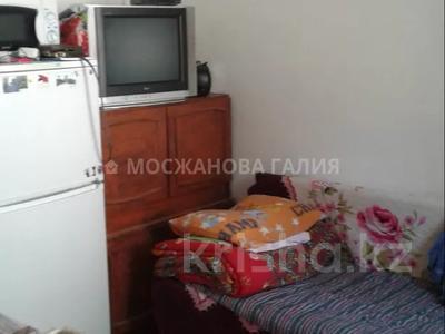 1-комнатная квартира, 14 м², 1/4 этаж, мкр №5 за 5.8 млн 〒 в Алматы, Ауэзовский р-н