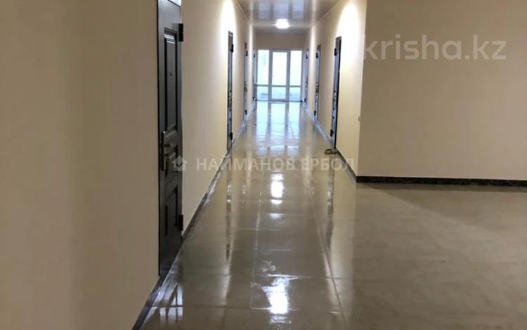 Здание, площадью 2422 м², Халиуллина 164 за 390 млн 〒 в Алматы, Медеуский р-н