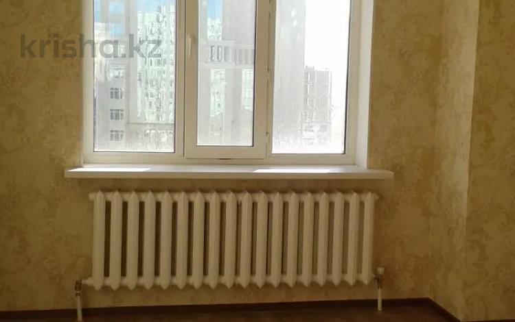 2-комнатная квартира, 65 м², 7/14 этаж помесячно, Мангилик Ел 19 — Алматы за 135 000 〒 в Нур-Султане (Астана), Есиль р-н