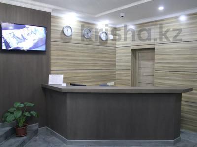 Здание, площадью 1186 м², проспект Республики — Ауэзова за 440 млн 〒 в Нур-Султане (Астана), Сарыарка р-н — фото 2