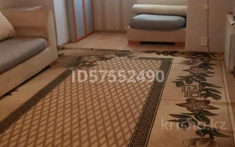 2-комнатная квартира, 40 м², 5/5 этаж посуточно, Кабанбай бытыр 2 за 6 000 〒 в Шымкенте, Аль-Фарабийский р-н