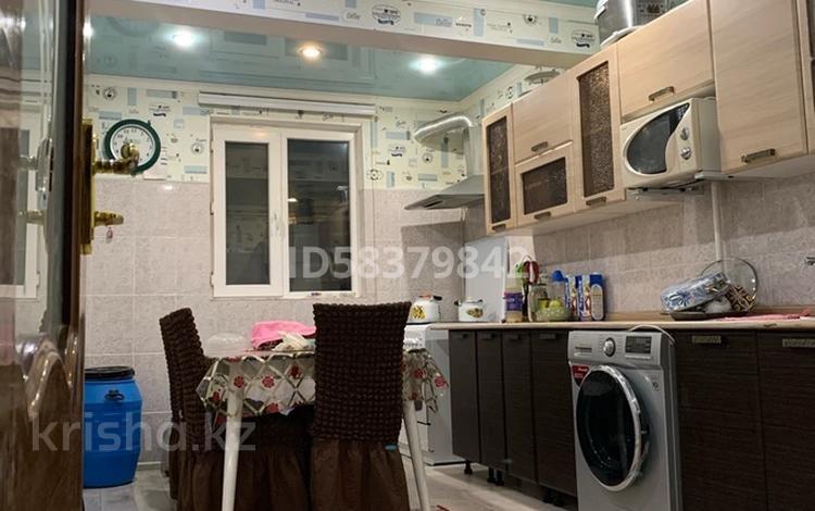 3-комнатная квартира, 72 м², 1/4 этаж, Коктем 48 за 13.5 млн 〒 в Жанаозен