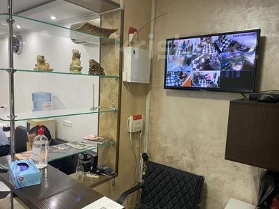 Магазин площадью 84 м², Маметовой 72 — Наурызбай Батыра за 50 млн 〒 в Алматы, Алмалинский р-н — фото 6