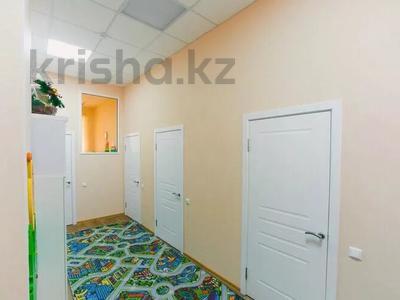 Офис площадью 90 м², Бокейхана 15 за 53 млн 〒 в Нур-Султане (Астана), Есиль р-н — фото 12