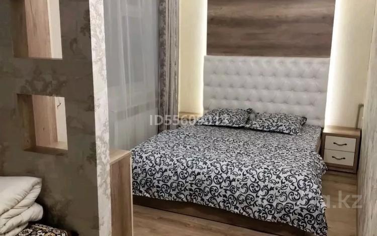 2-комнатная квартира, 48 м², 4/4 этаж посуточно, Гани Иляева 1 — Бейбитшилик за 10 000 〒 в Шымкенте