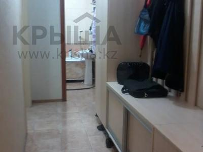 2-комнатная квартира, 59 м², 1/2 этаж, мкр Шанырак-2 18 за 12 млн 〒 в Алматы, Алатауский р-н