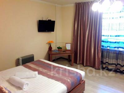 1-комнатная квартира, 50 м², 2/5 этаж посуточно, Жансугурова 112 — Шевченко за 7 000 〒 в Талдыкоргане