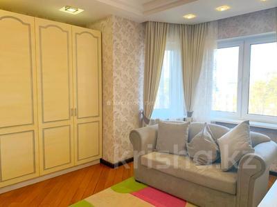 4-комнатная квартира, 132 м², 4/22 этаж, Кабанбай батыра за 85 млн 〒 в Алматы, Алмалинский р-н — фото 18