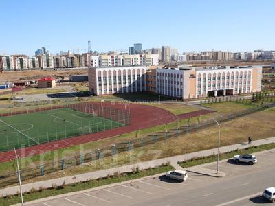 2-комнатная квартира, 58 м², 6/10 этаж, Каиыма Мухамедханова 27 за 23.5 млн 〒 в Нур-Султане (Астана), Есиль р-н — фото 18