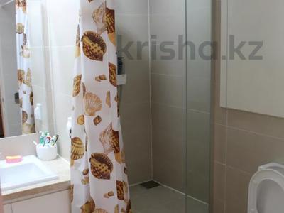 1 комната, 46 м², проспект Кабанбай Батыра 43А за 35 000 〒 в Нур-Султане (Астана), Есиль р-н — фото 7