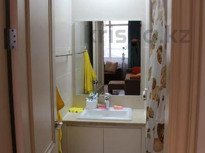 1 комната, 46 м², проспект Кабанбай Батыра 43А за 35 000 〒 в Нур-Султане (Астана), Есиль р-н — фото 6