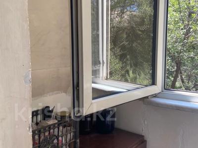 2-комнатная квартира, 55 м², 2/5 этаж, Тургут Озала (Баумана) — Дуйсенова Есена (Болотникова) за 26 млн 〒 в Алматы, Алмалинский р-н