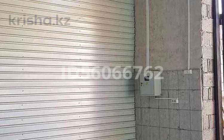 Помещение площадью 30 м², Ак Козиева 15 — Ташкентская за 50 000 〒 в Таразе