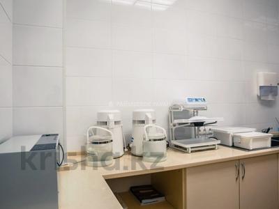 Помещение площадью 198 м², проспект Мангилик Ел 26 за 220 млн 〒 в Нур-Султане (Астана), Есиль р-н