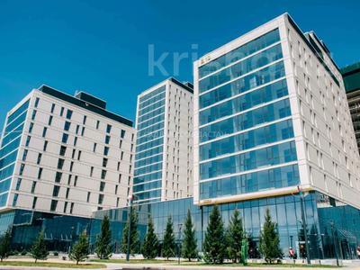 3-комнатная квартира, 104 м², 14/19 этаж, Е-10 ул 17л за 63 млн 〒 в Нур-Султане (Астане), Есильский р-н