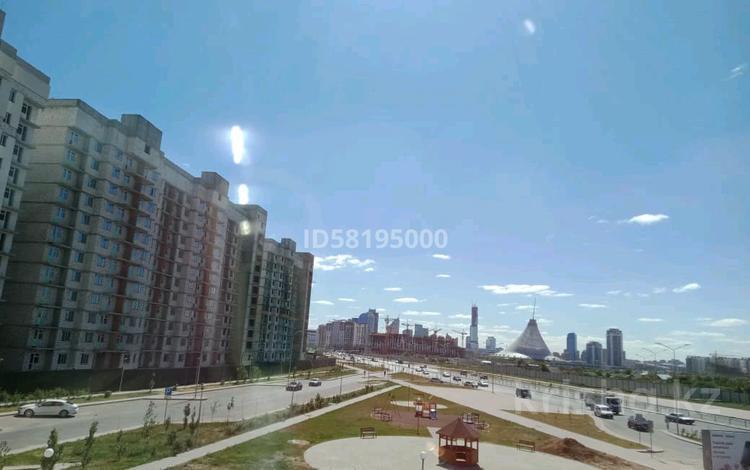 1-комнатная квартира, 45 м², 2/24 этаж, Кайыма Мухамедханова — Домалак ана за 15 млн 〒 в Нур-Султане (Астана), Есиль р-н