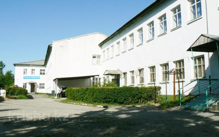 для бизнеса здание действующая за 300 млн 〒 в Таразе
