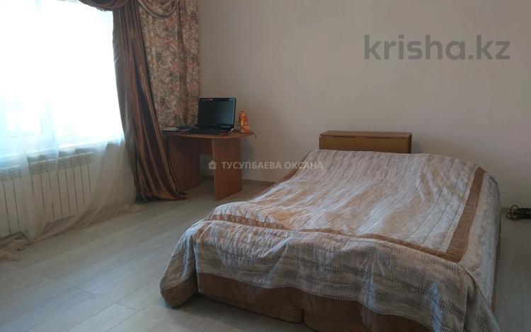 2-комнатная квартира, 52 м², 1/10 этаж, мкр Юго-Восток, Таттимбета за 17 млн 〒 в Караганде, Казыбек би р-н