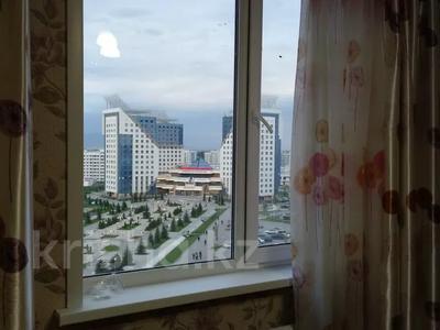 2-комнатная квартира, 54 м², 10/14 этаж помесячно, мкр Акбулак за 120 000 〒 в Алматы, Алатауский р-н — фото 15