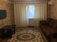 2-комнатная квартира, 46 м², 2/4 этаж посуточно