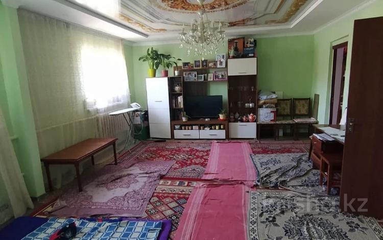 4-комнатный дом, 78.8 м², 10 сот., Баймагамбетова 184 — Читинский за 36.2 млн 〒 в Алматы, Турксибский р-н