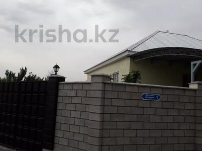9-комнатный дом, 200 м², 10 сот., Жолсеит Хамбарова 1 — Ташкентсая за 25.5 млн 〒 в Таразе