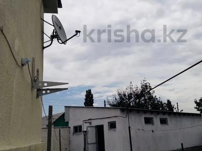 9-комнатный дом, 200 м², 10 сот., Жолсеит Хамбарова 1 — Ташкентсая за 25.5 млн 〒 в Таразе — фото 19