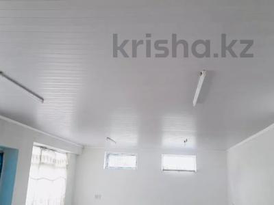 9-комнатный дом, 200 м², 10 сот., Жолсеит Хамбарова 1 — Ташкентсая за 25.5 млн 〒 в Таразе — фото 20