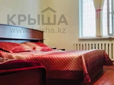 9-комнатный дом, 200 м², 10 сот., Жолсеит Хамбарова 1 — Ташкентсая за 25.5 млн 〒 в Таразе — фото 24