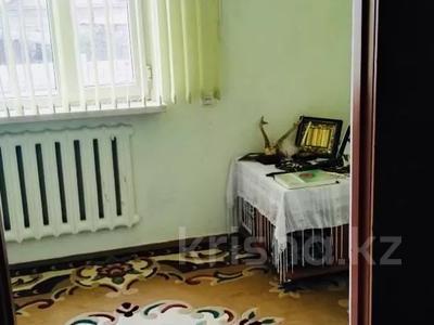 9-комнатный дом, 200 м², 10 сот., Жолсеит Хамбарова 1 — Ташкентсая за 25.5 млн 〒 в Таразе — фото 29