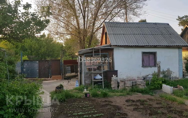 Дача с участком в 8 сот., Бейсекова за 7 млн 〒 в Нур-Султане (Астана), Есиль р-н