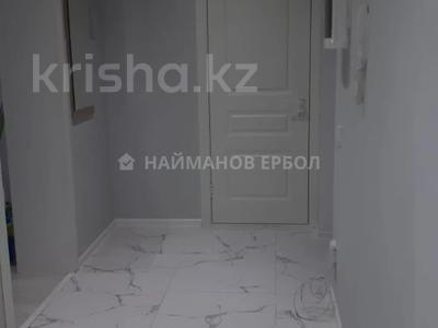 2-комнатная квартира, 89 м², 8/16 этаж, Брусиловского 167 за 38 млн 〒 в Алматы, Алмалинский р-н